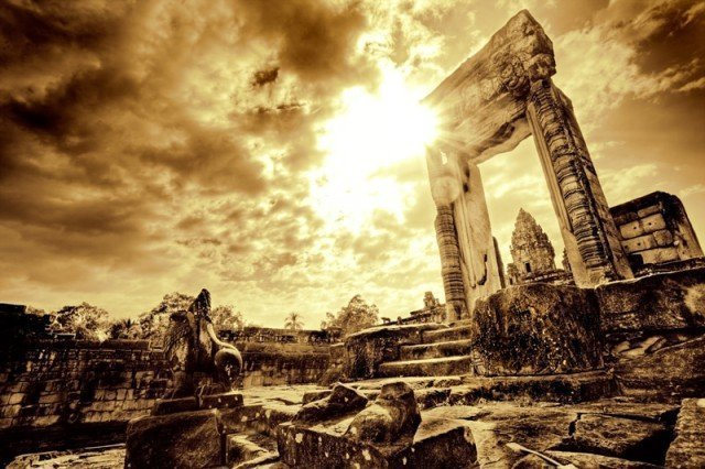Satanologie (Deel 2)